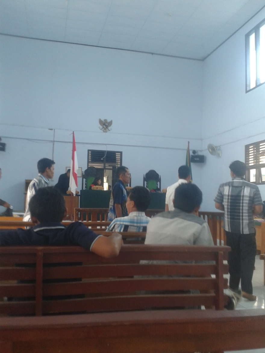 Suasana Dalam Ruang Sidang Pengadilan Negeri Sengeti Muaro Jambi