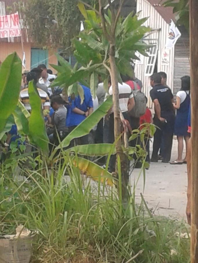 Suasana Dalam Perundingan dengan warga Talang Bakung Kecamatan Jambi Selatan  Di kawasan tanah yang diduki oleh masyarakat