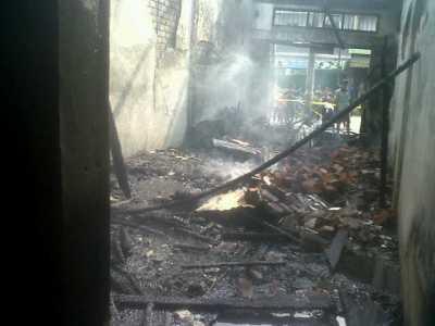 Tempat Kediaman Sang Androgini yang kini tinggal kenangan hampa dan menyedihkan di jalan Ir.Juanda ,Mayang Kota Jambi.RESKRIM.Doc