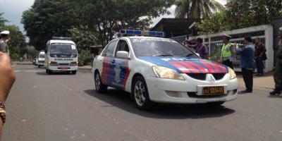 Rombongan jenazah terpidana mati, Andrew Chan dan Myuran Sukumaran, memasuki Rumah Duka Abadi pada, Rabu (29/04/2015) siang tadi.RESKRIM.Doc