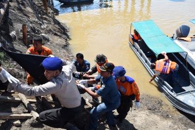 Tim SAR yang tergabung dari beberapa unsur,KPLP Talang Duku,Polair Polda Jambi,TNI AL,SAR Jambi.RESKRIM.Doc