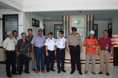 Sejumlah Anggota Kesyahbandaran dan Otoritas Pelabuhan Talang Duku dan para Undangan.RESKRIM.DOC